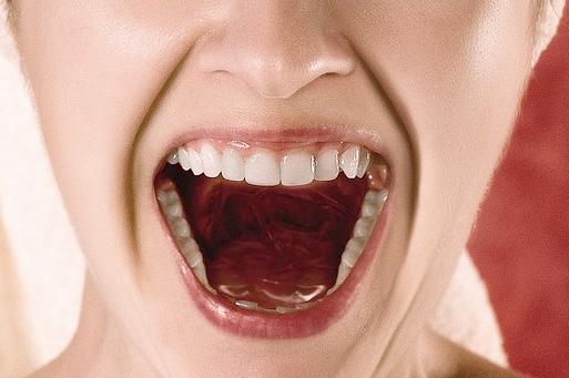 Cuidados com a Voz para Falar Melhor em Público